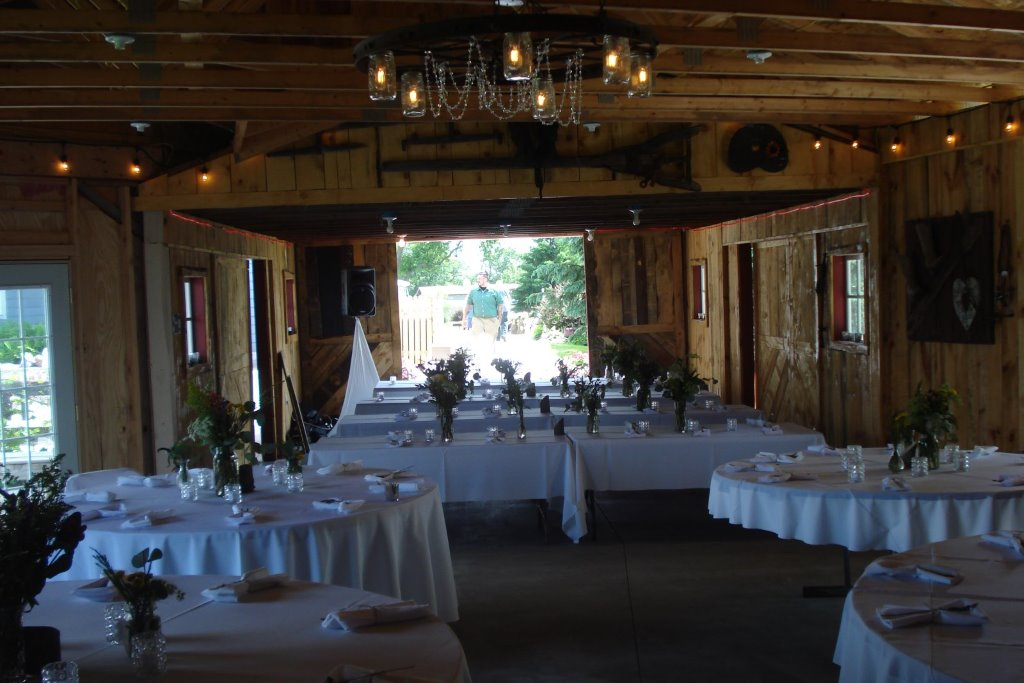 Rustic Outdoor Country Weddings And Barn Receptions